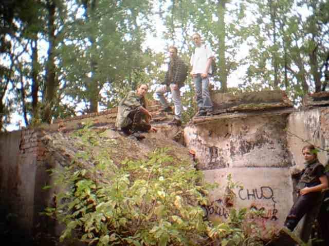 an_con 2004 - malownicze tereny, w sam raz dla Falloutomaniaka