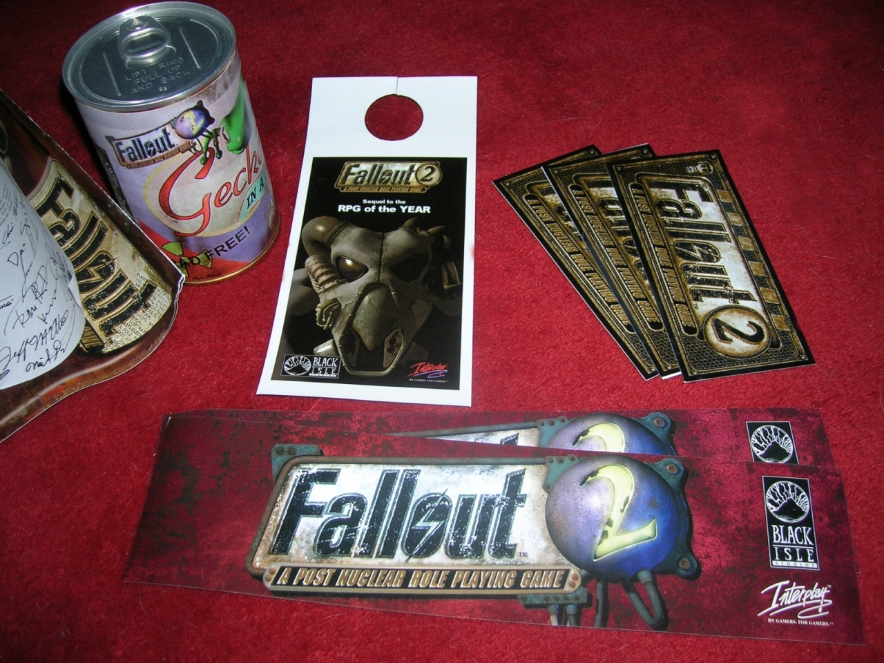 Fallout 2 tchotchkas