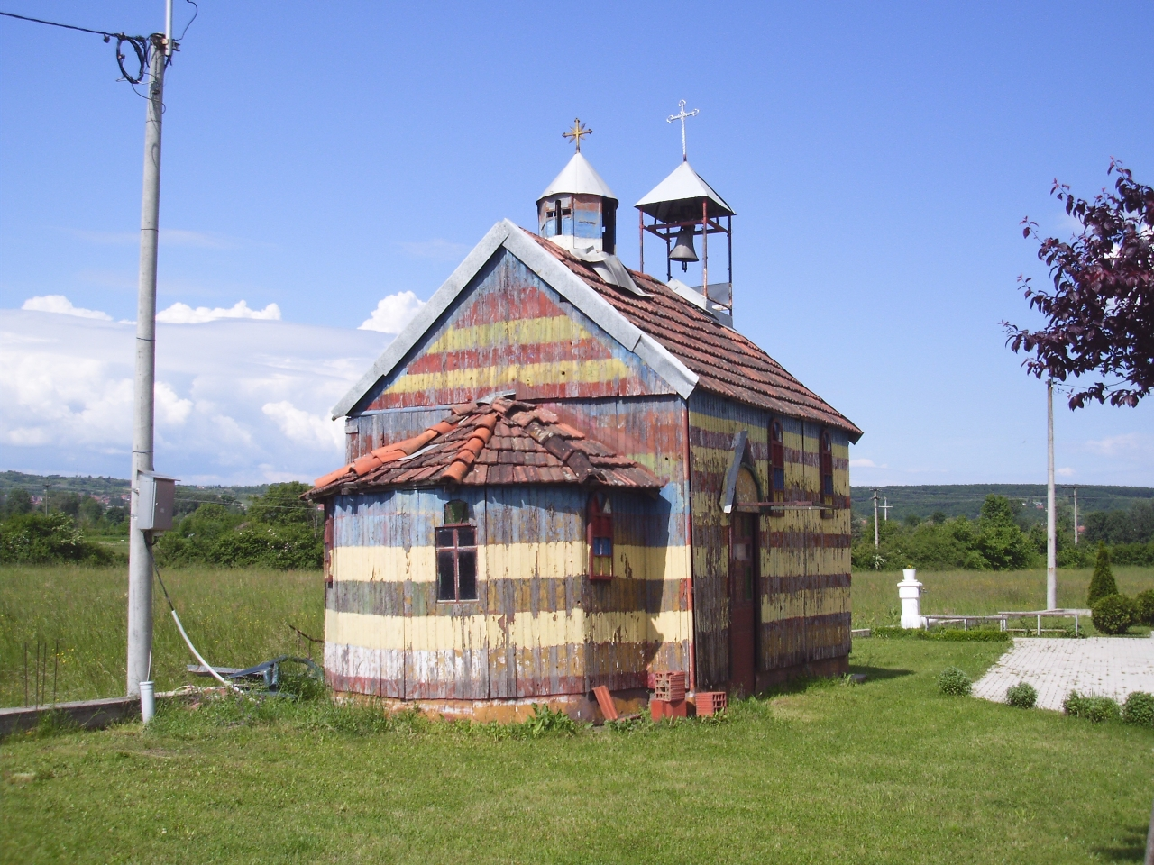 Stara crkva 1